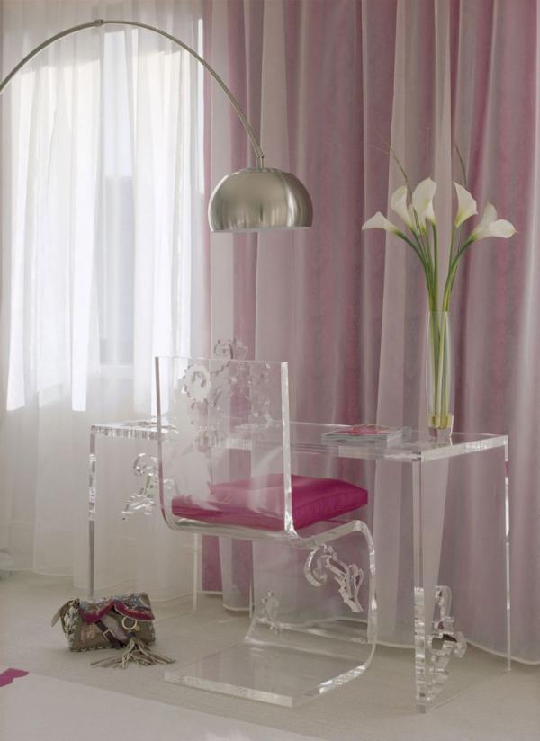 white-interior-design-of-the-kensington-house-13