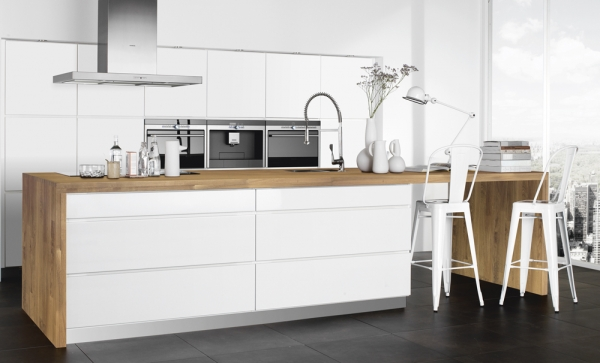 white-kitchens