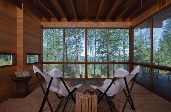 Wooden forest cabin in Montana (6).jpg