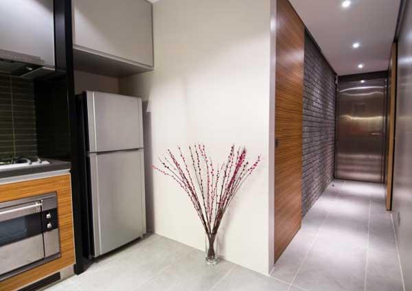 wooden-interior-of-a-hong-kong-apartment-6