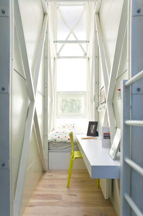 World's narrowest house (5).jpg
