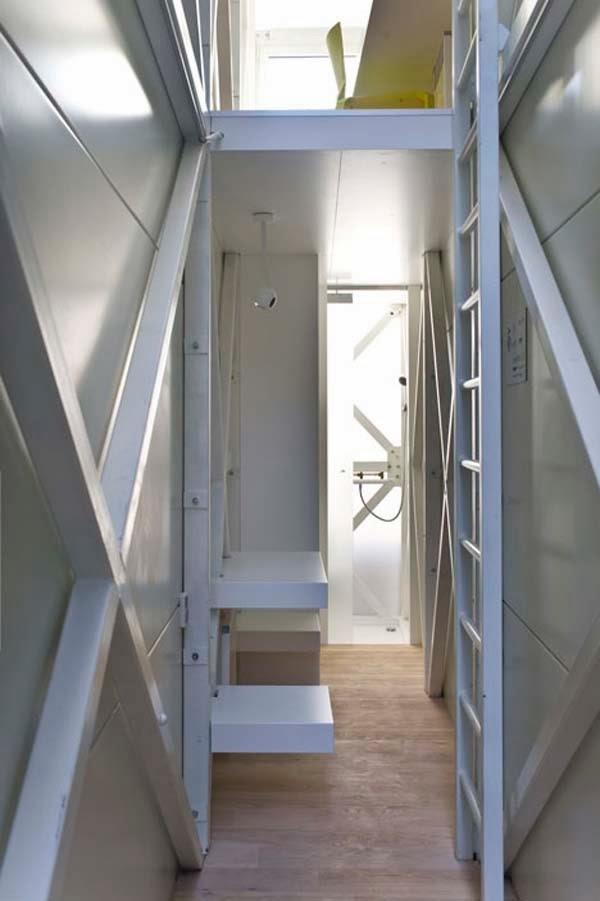 World's narrowest house (7).jpg