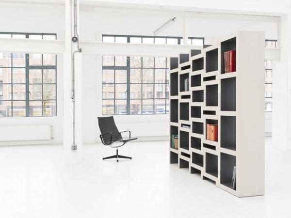 zigzag shaped bookcase (2).jpg