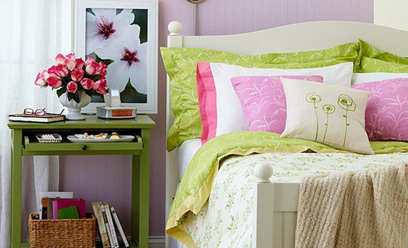 Fresh and colorful bedroom