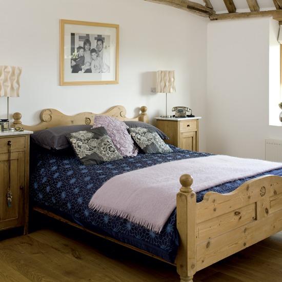 Country bedroom idea