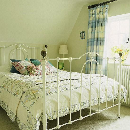 White iron bed