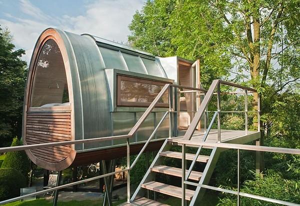 Amazing tree-house (4)