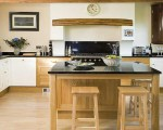 Traditional wooden kitchens (2)