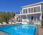 Beautiful house on the coast (14)