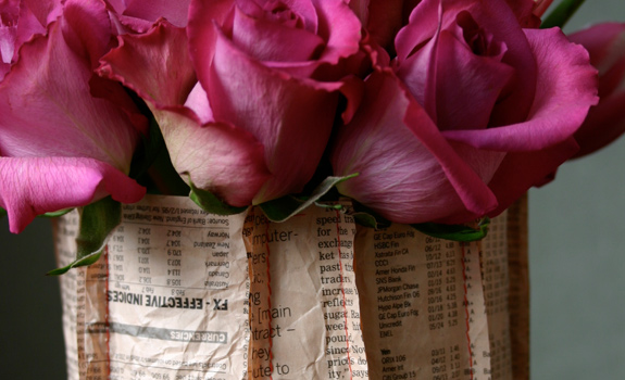 DIY Newspaper Vase