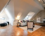 A stylish loft (1)