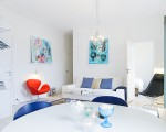 White and blue interior (1)