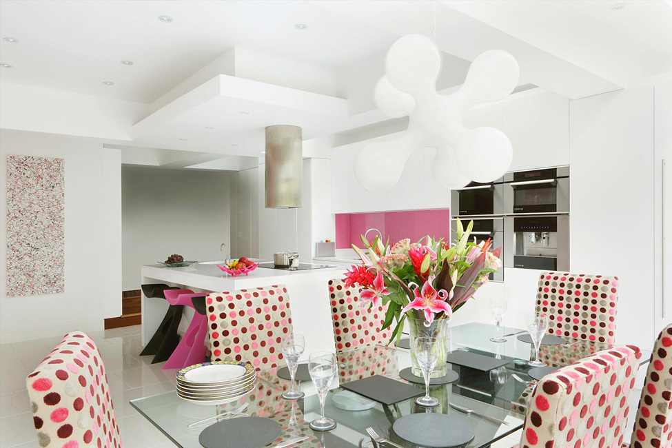 Adorable pink kitchen (1)