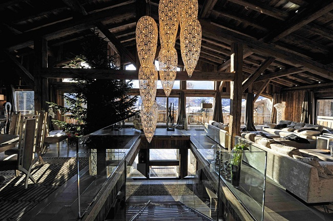 A luxury chalet in the Alps (2)