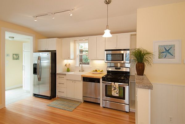 Small kitchen design adorable home for Ideas for remodeling a small kitchen