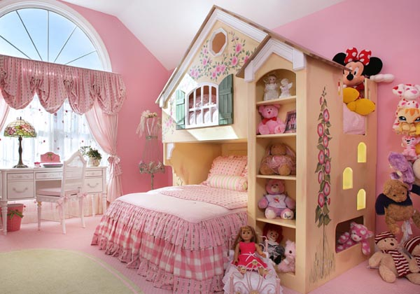 Beautiful and practical childrens sleeping nooks (17)