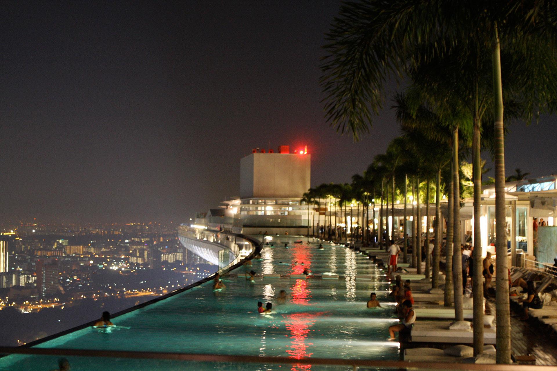 Infinity Pool of Marina Bay Sands, Singapore