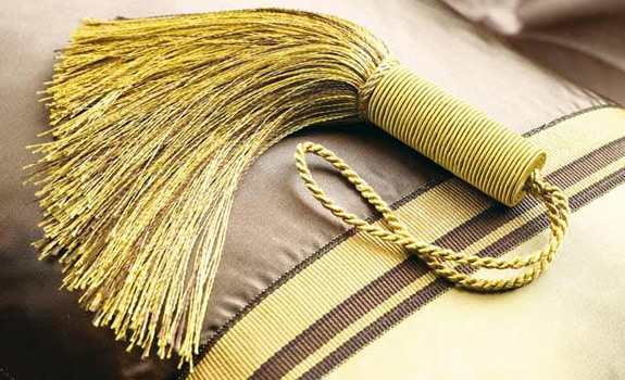Glamorous Gold Essentials