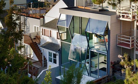 Unusual Glass Facade of a San Francisco Home