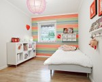 Colorful kids' room décor