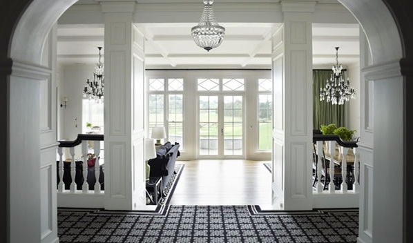 The Black & White Twomey Country House