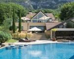Astonishing villa in the heights of Geneva