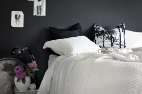 Feminine black & white bedroom
