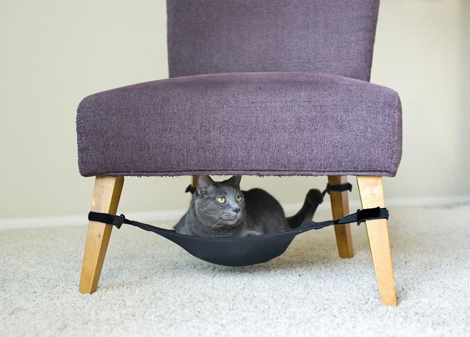Space-Saving-Cat-Hammock