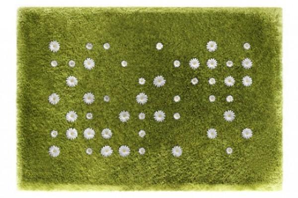 The Daisy Garden Rug – invite spring in your home