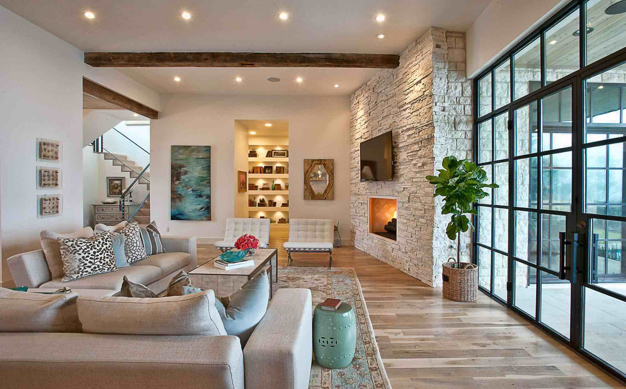 Beautiful House on Cat Mountain: living area