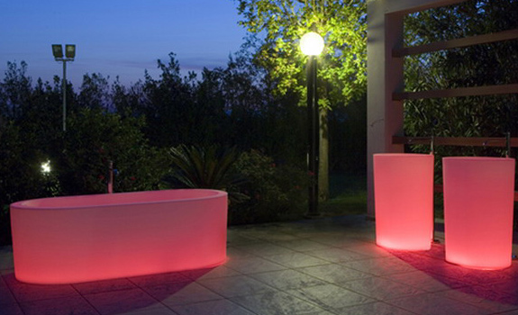 Unique illuminated bathtubs