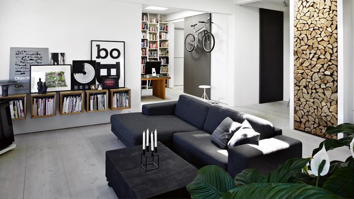 Alluring and airy dark interior