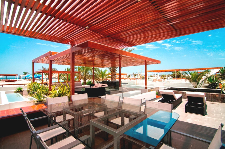 Casa Seta: a beach house interior that's a lifestyle