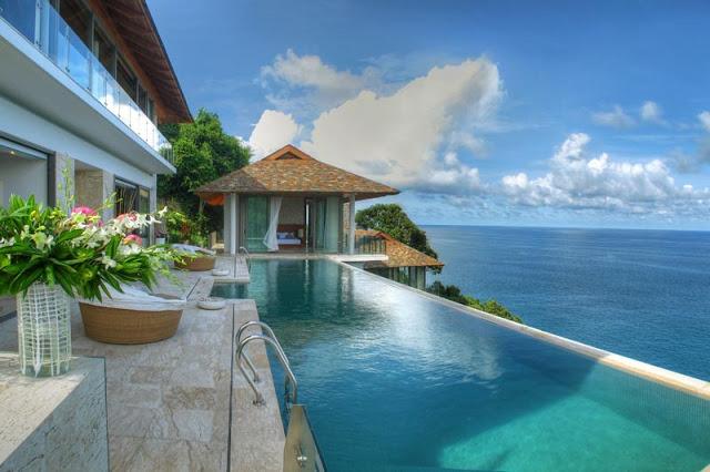Villa Liberty: the sublime cliff house