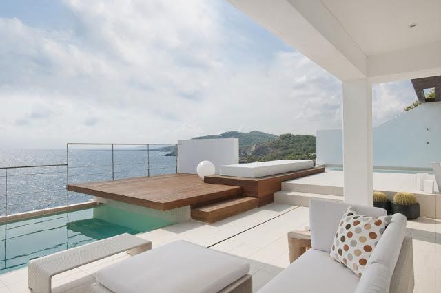 Ravishing and amazing Mediterranean house