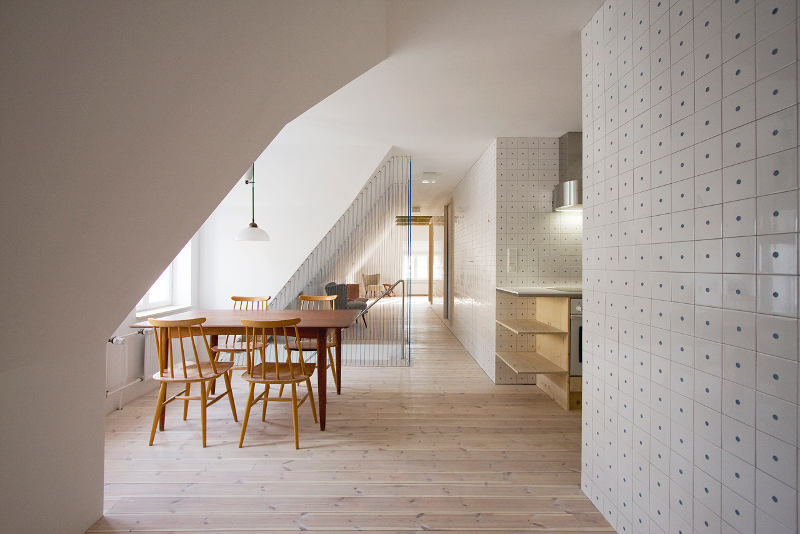 Minimal and bold: a converted holiday home