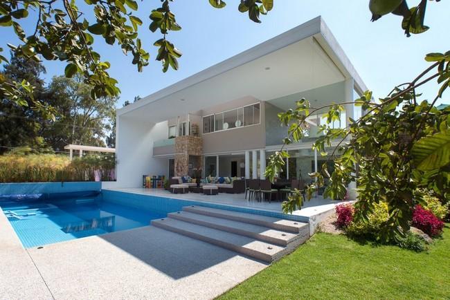Modern interior design at Casa del Viento