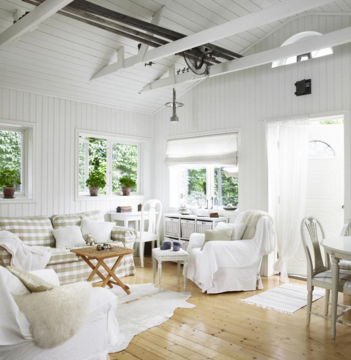 A sublime small villa outside of Stockholm