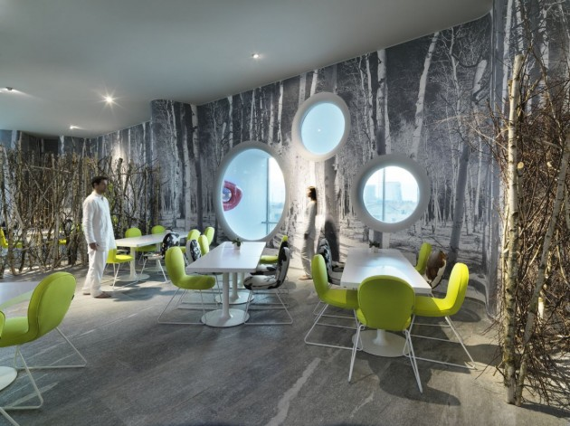 Traveling to a different world: a futuristic hotel