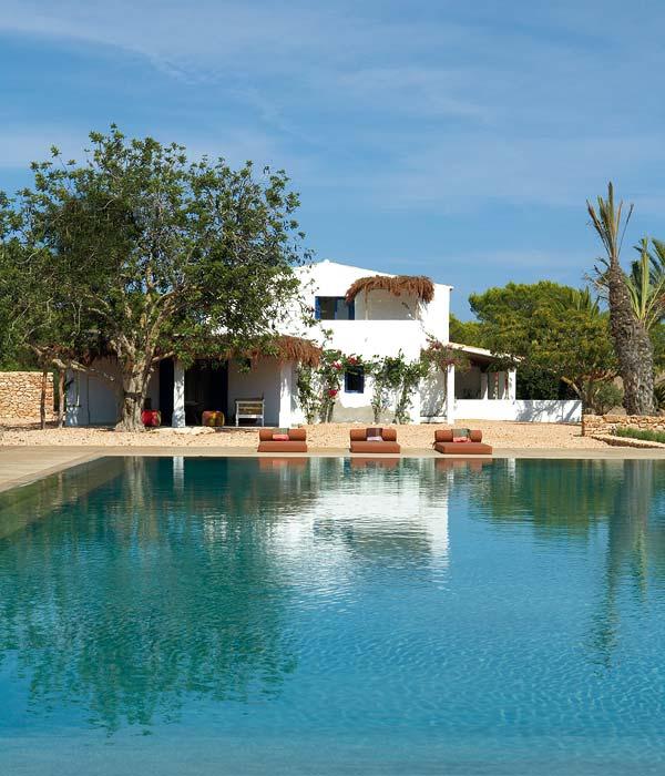 An earthy island house in Formentera