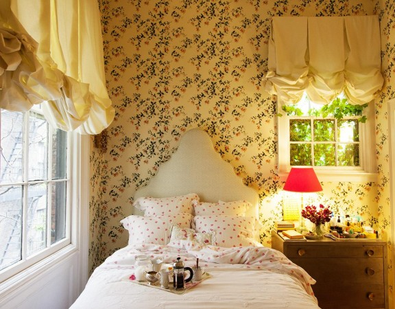 Small and Cozy Bedroom Design
