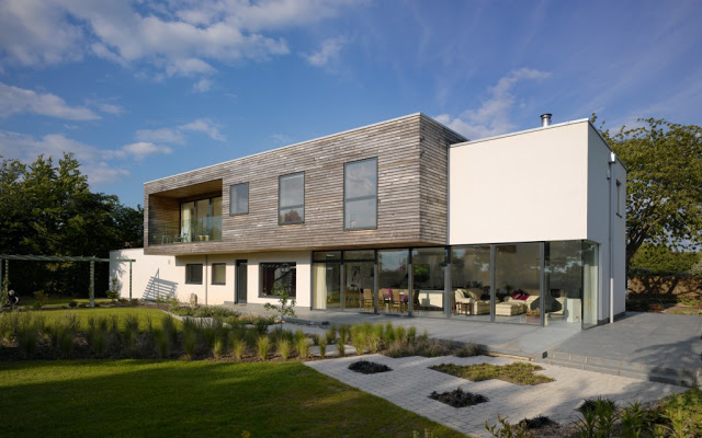 Meadowview: a modern country house