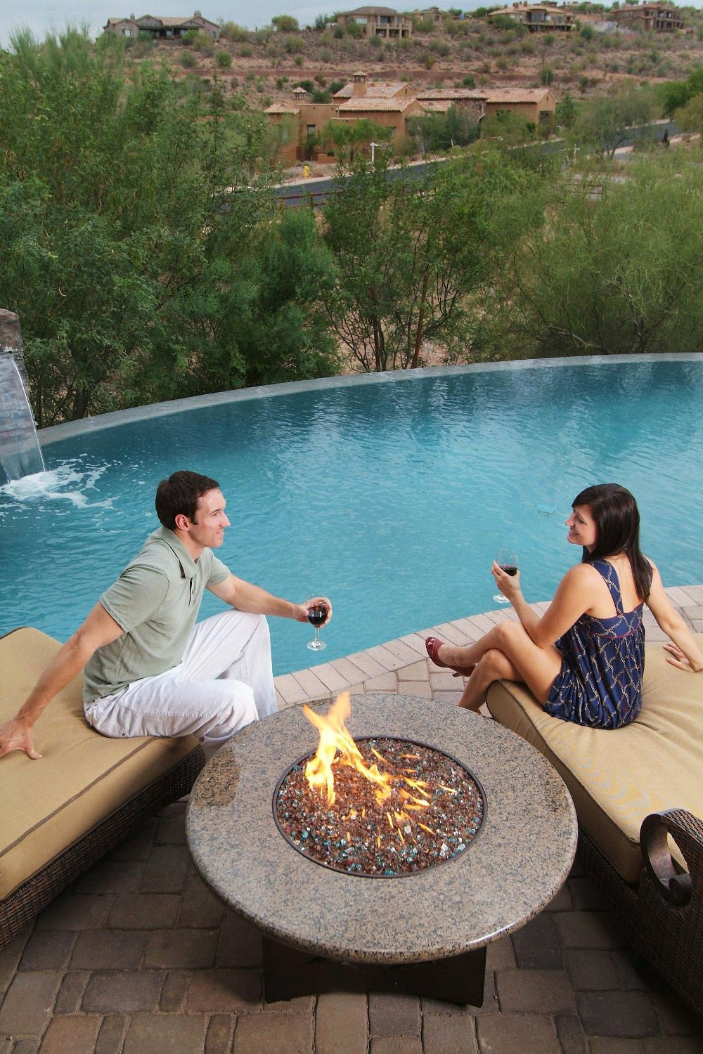 Stylish-Outdoor-Fire-Pit-Table