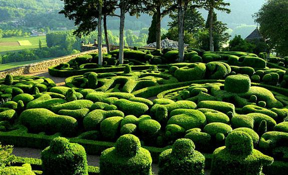 Périgord's enchanting garden design