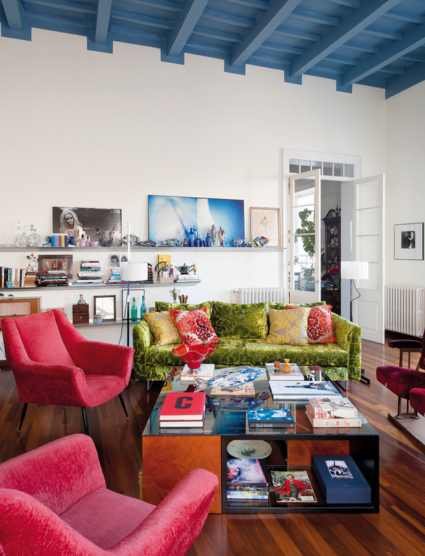 An outstanding bright color scheme