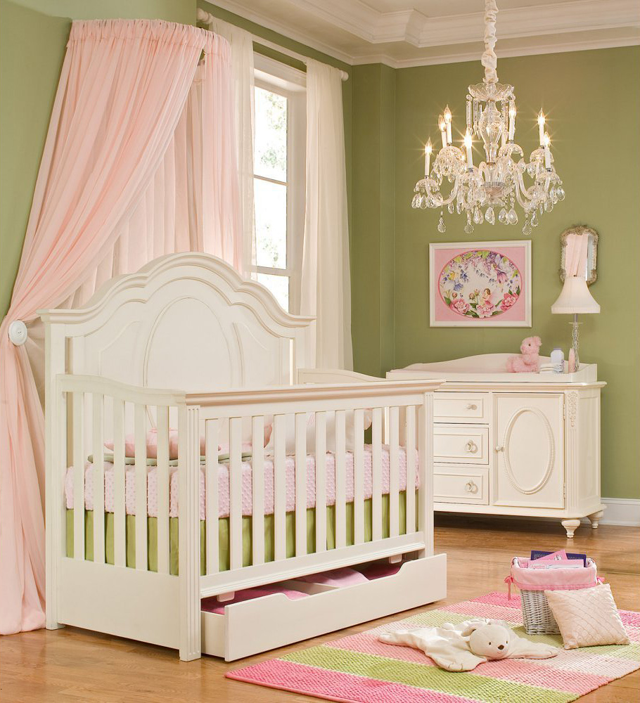 Convertible-Baby-Crib-in-baby-room