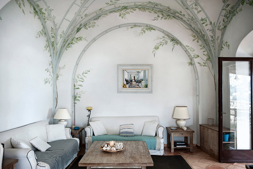 Lay back and relax in this Mediterranean villa