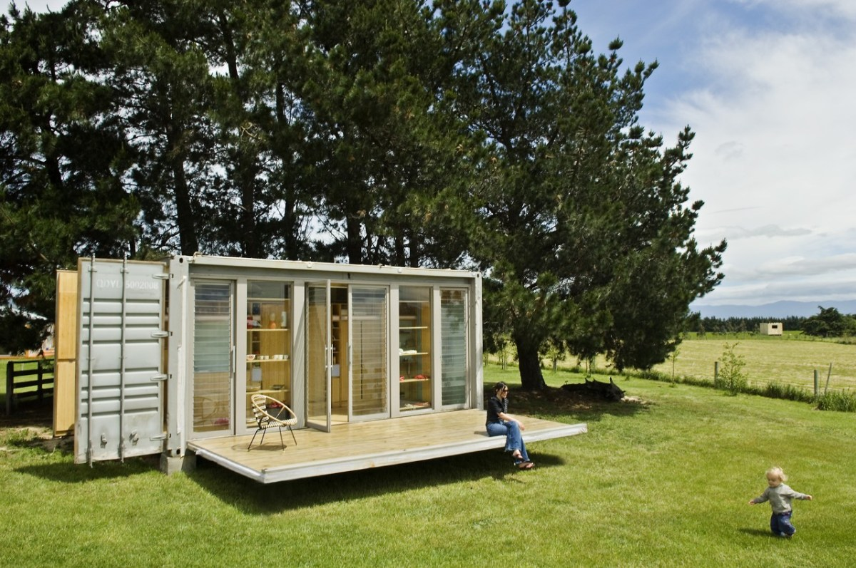 Sleek and beautiful: a container home