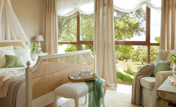 Romantic bedroom design in natural colors