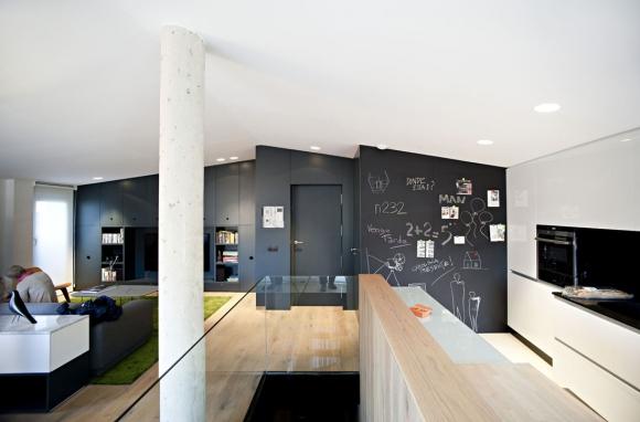 Amazing contemporary attic